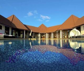 Club Maldives 010