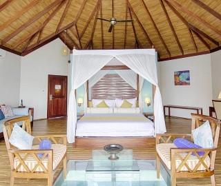 Club Maldives 02